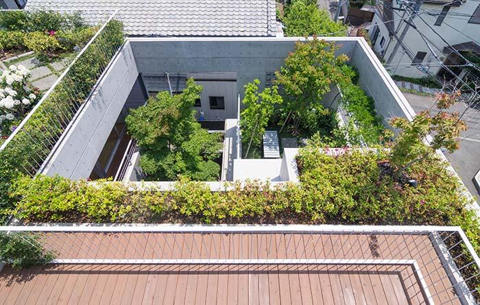 中海岸のコートハウス 2(村田研究室)